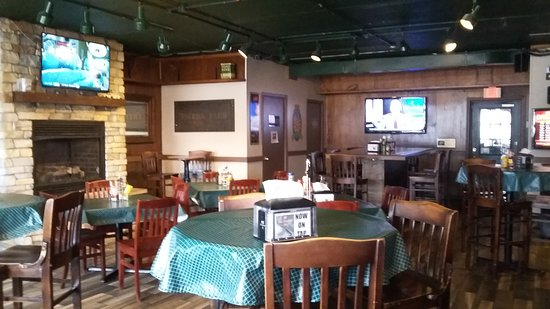 Lisle, IL: Bonos Pub and Beer Garden