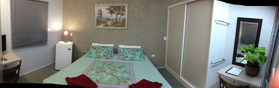 Innisfail, Australia: King Bed - Shared Facilities