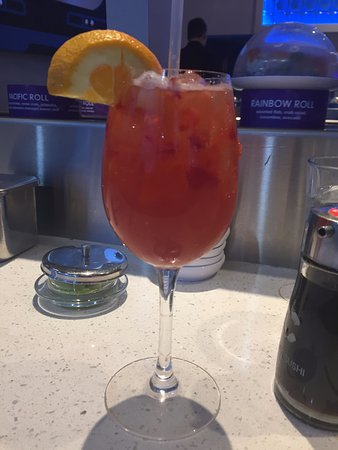 Lynnwood, WA: Happy Hour Sangria drink.... can't remember the name.