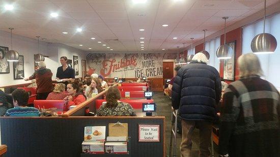 Williston, VT: Dining area