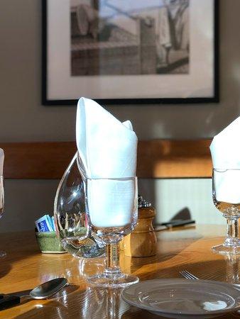 คิวชี, เวอร์มอนต์: Table setting