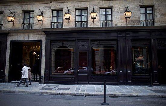 h tel costes picture of hotel costes paris tripadvisor. Black Bedroom Furniture Sets. Home Design Ideas