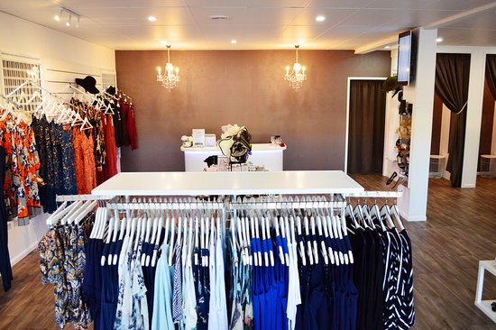 Bowen, Australia: Welcome to LUXE Fashion House
