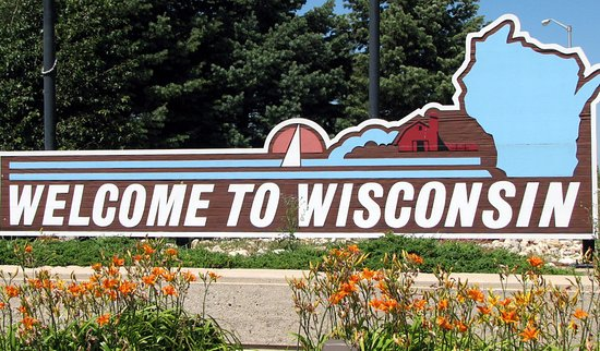 Pleasant Prairie, WI: sign welcoming you to Wisconsin