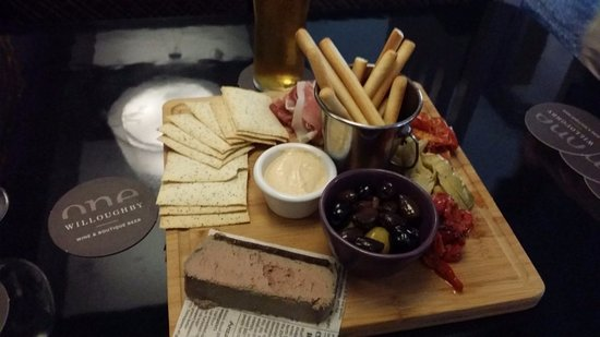 Crows Nest, Australien: Antipasto plate to share