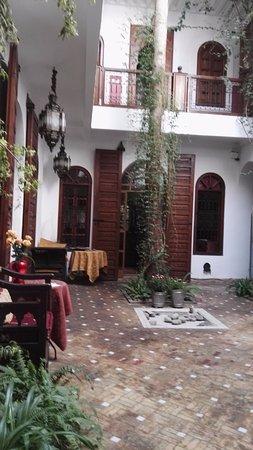 Riad Sable Chaud: Courtyard