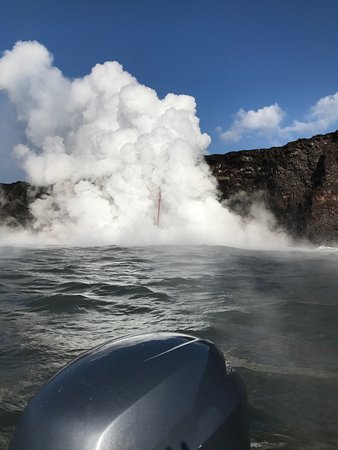 Pahoa, HI: Amazing how close we were able to get to the lava flow. We had plenty of space on the boat. We o