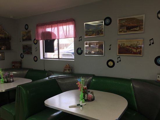 Cordes Lakes, AZ: A great little diner - great service and good food at a reasonable price.
