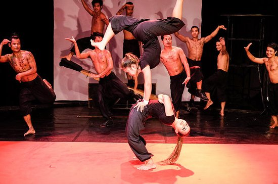 Siem Reap Phare: The Cambodian Circus...