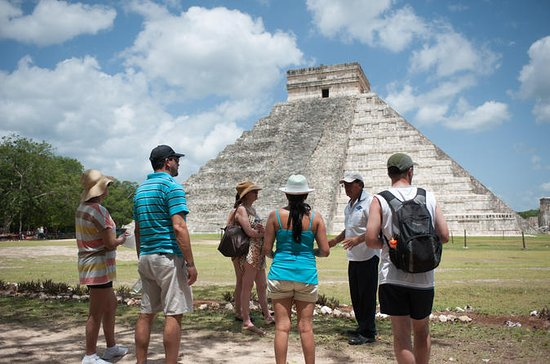 Private Chichen Itza Tour with...