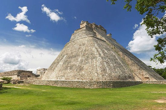 Viator Exclusive: Uxmal at Your Own...