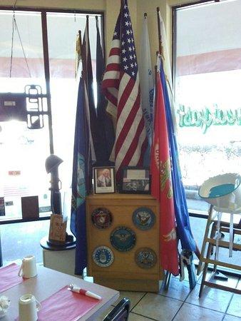 Spring Hill, FL: Flag Display