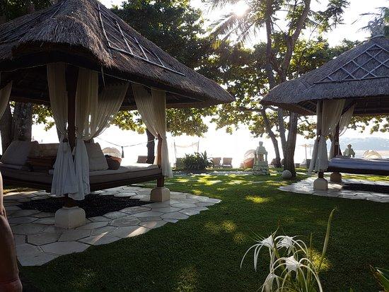 Beautiful & Serene Beachfront Resort!
