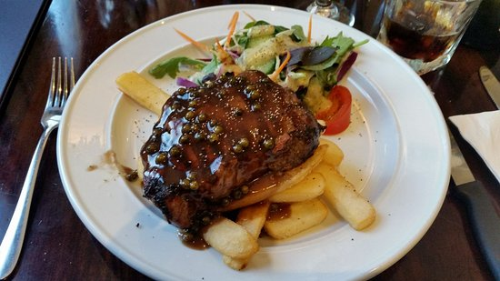 The Bog Irish Bar : Steak