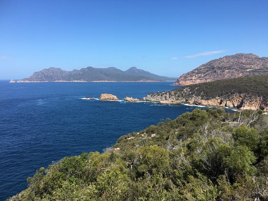 Freycinet, Australia: View on the walk up to Cape Tourville Lighthouse