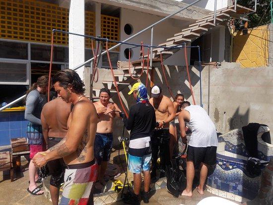 Taganga, Colombia: El grupo después de una mañana de inmersiones.