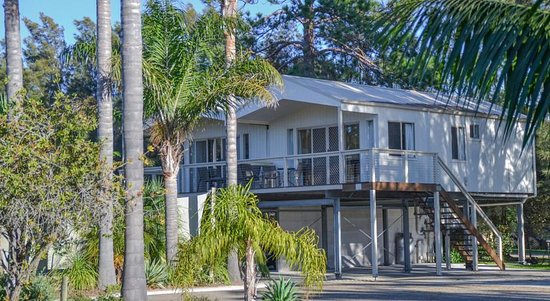 Caseys Beach Holiday Park: Elevated Villa