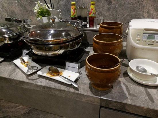 Sepang, Malaysia: Choices of food