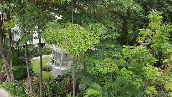 Amara Sanctuary Resort Sentosa: Verandah Suite - view from balcony