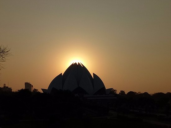 Bahai Lotus Temple: Рассвет лотоса