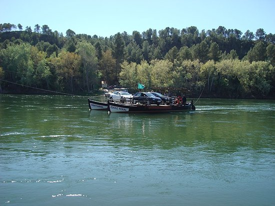 Miravet, Spain: Barca de paso 2