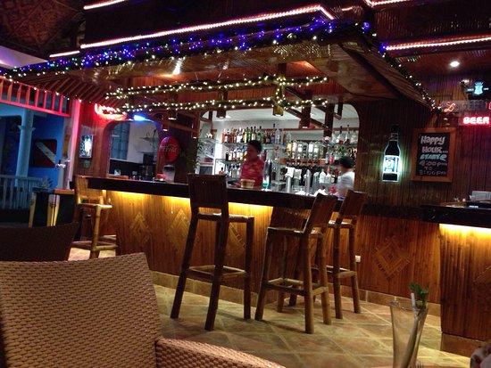 Malapascua Exotic Bar & Restaurant : photo2.jpg