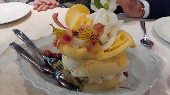 Il consolare: Un trionfo di gelato