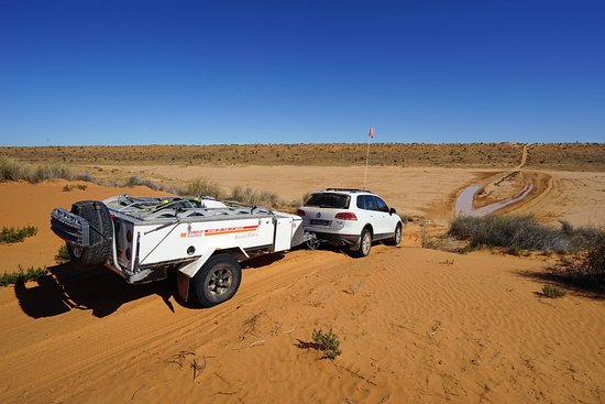 The track out to Eyre Creek from Big Red, Birdsville.