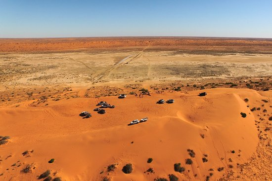 Big Red, 35-40kms out from Birdsville. The start of the Simspon Desert from the east.