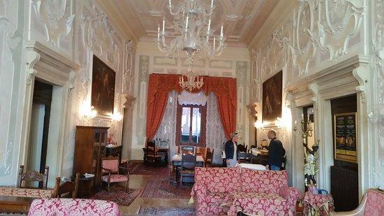 Hotel La Residenza: The Breakfast Room