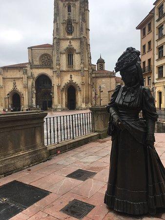 Esculturas Oviedo : photo2.jpg