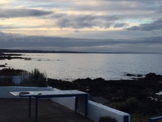 Skerries, Irlandia: The bay View from Family Area
