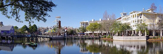 Sandestin Golf and Beach Resort: Village of Baytowne Harbor has something for all ages