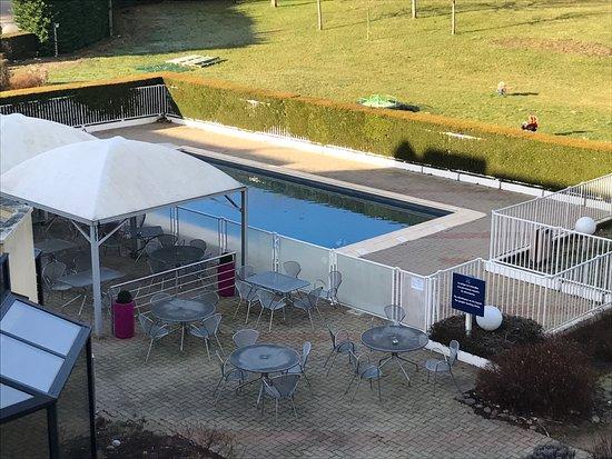 Saint-Jean-de-Braye, Francja: piscine