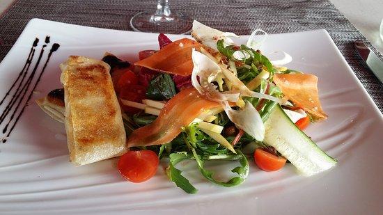 Bidarray, Frankreich: Salade de croustillants de brebis