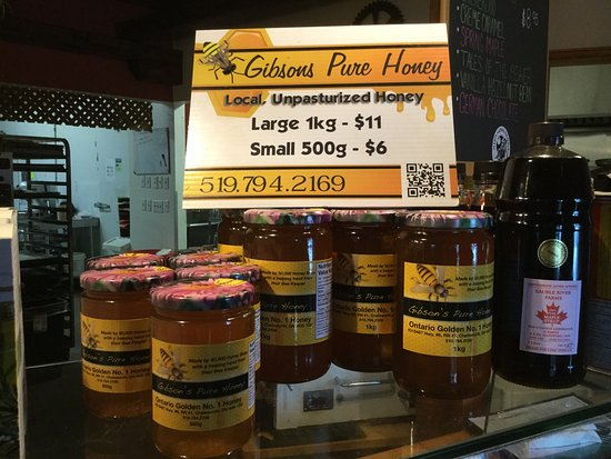 Owen Sound, Kanada: Premium honey is available at the time of this review.