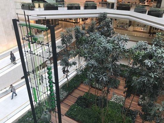 Photo of Tourist Attraction Shopping Iguatemi at Av. Brigadeiro Faria Lima, 2232, Sao Paulo 15093-340, Brazil