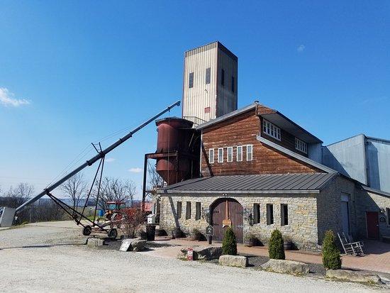 Bardstown, KY: Distillery