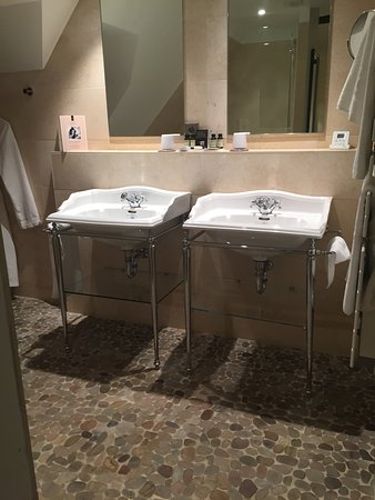 Shower/bath - Picture of Hotel Cour du Corbeau Strasbourg - MGallery ...