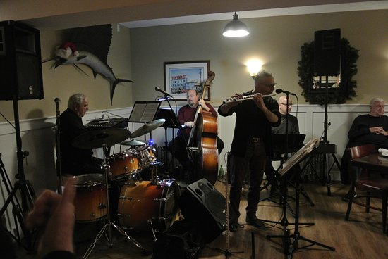 Somers Point, NJ: Live Jazz 2X a month