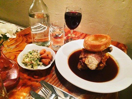 Rosie's Vineyard: Sunday roast!