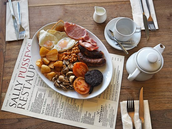 Sally Pussey's Restaurant: Sallys Big Breakfast only £7.50