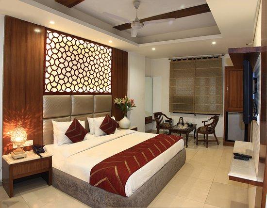Hotel Sita International : Premium Room