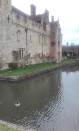 Hever, UK: Part of the moat