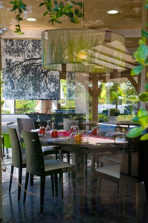 Sale restaurant - Picture of Le Pre Gallo, Carentoir - TripAdvisor