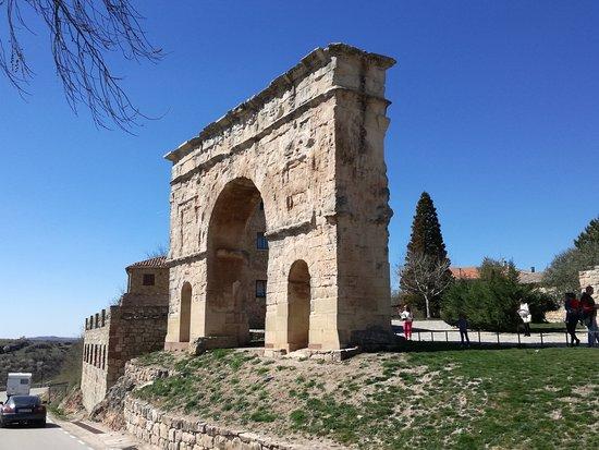 Medinaceli, Spagna: IMG_20170320_125849_1_large.jpg