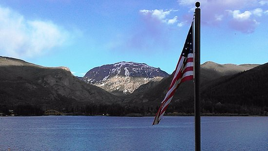 Western Riviera Lakeside Lodging & Events: View of Mt. Baldy from Shadow Mountain Lake