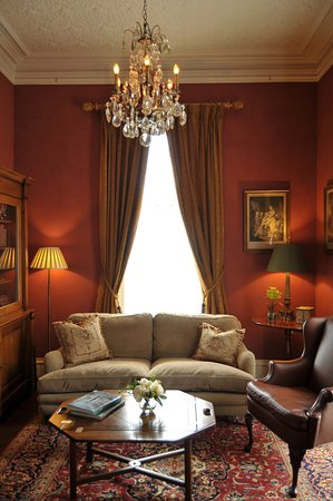East Haddam, CT: Boardman House Inn - Sitting Room