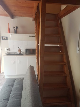 Centurion, South Africa: Stairs to Bedroom