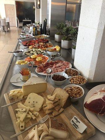 Gargas, ฝรั่งเศส: Buffet d'antipasti